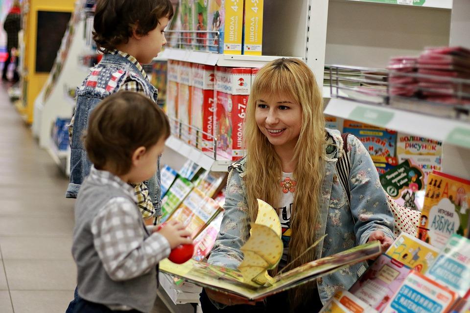 Как организовать поход в магазин с ребенком?