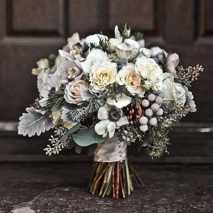Как подобрать букет невесты для зимней свадьбы?